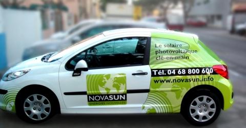 Publicité adhésive voiture